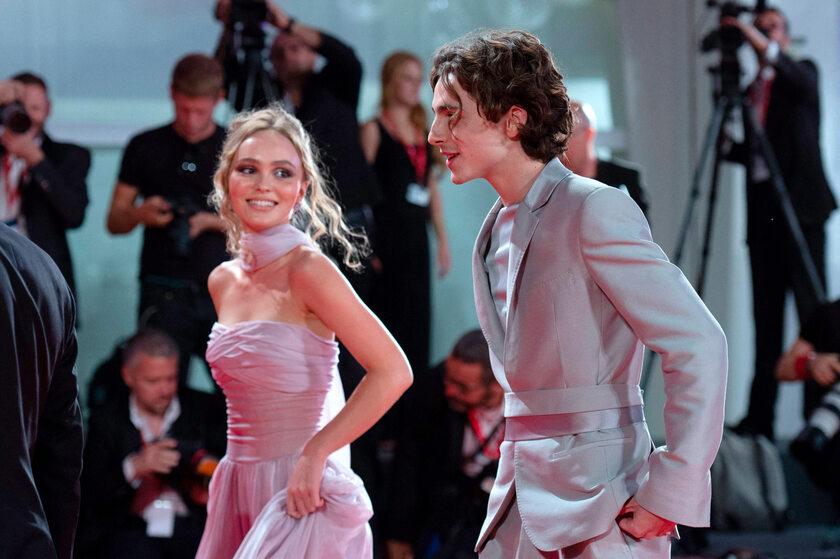 Lily-Rose Depp i Timothee Chalamet na Festiwalu Filmowym w Wenecji