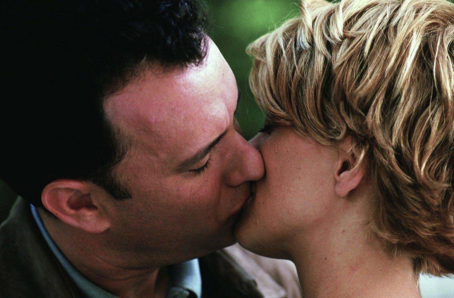 """Czym zajmuje się Kathleen Kelly (Meg Ryan), bohaterka filmu """"Masz wiadomość""""?"""