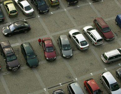Zgłosili kradzieże aut, zaangażowano policję. Zapomnieli, gdzie...