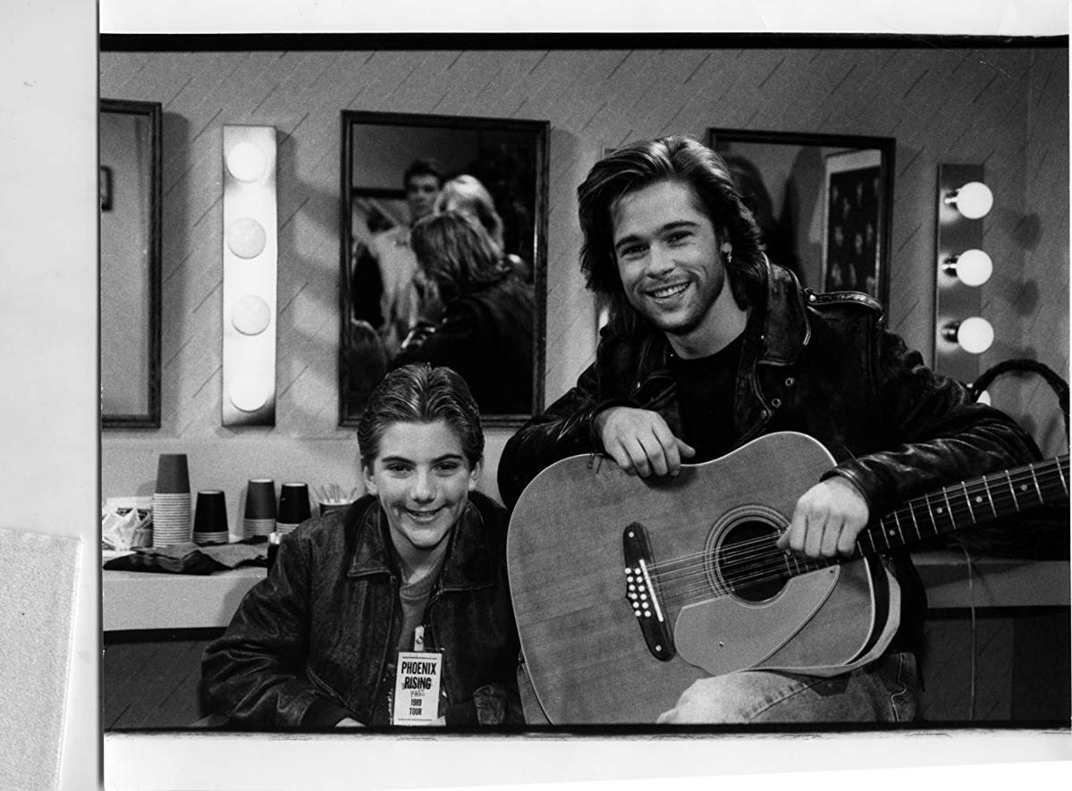"""Brad Pitt i Jeremy Miller w """"Dzieciaki, kłopoty i my"""" (1985-1992)"""