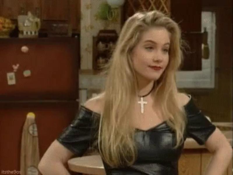 """Christina Applegate jako Kelly Bundy w serialu """"Świat według Bundych"""" (1987)"""