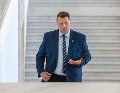 Komisja etyki ukarała Czarnka. Minister edukacji odpowiedział na Twitterze