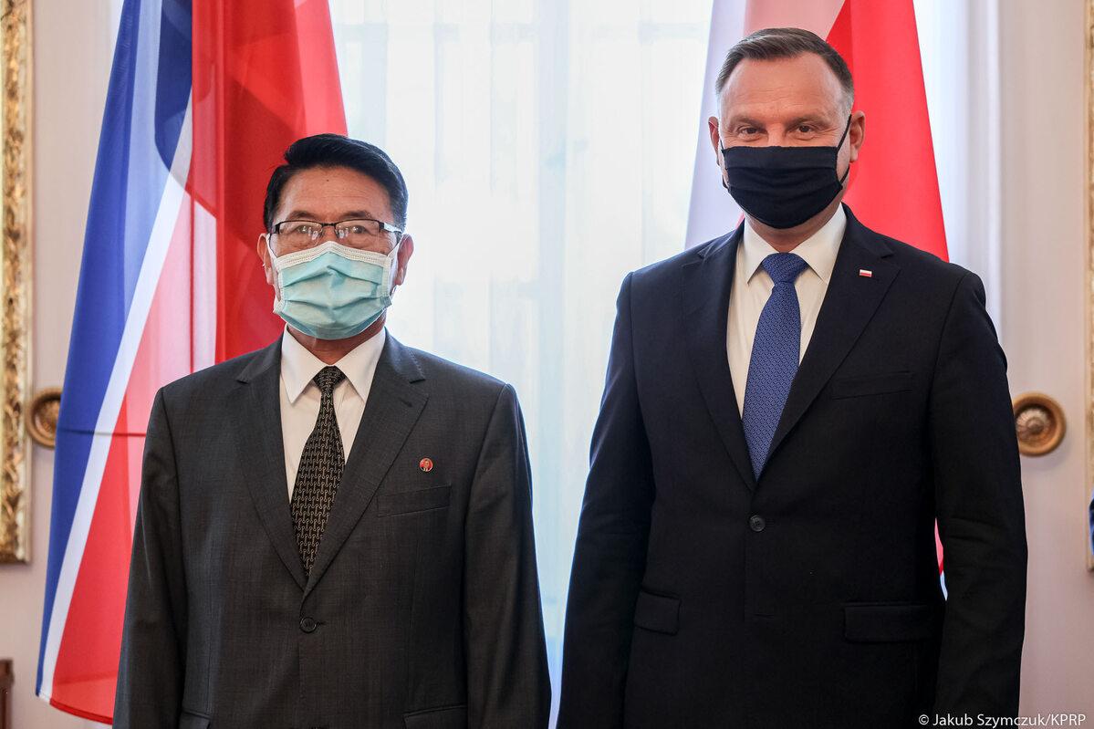 Andrzej Duda i ambasador Koreańskiej Republiki Ludowo-Demokratycznej w RP