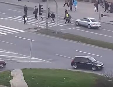 Pijany wjechał w pieszych na przejściu w Lublinie. Drastyczne wideo w sieci