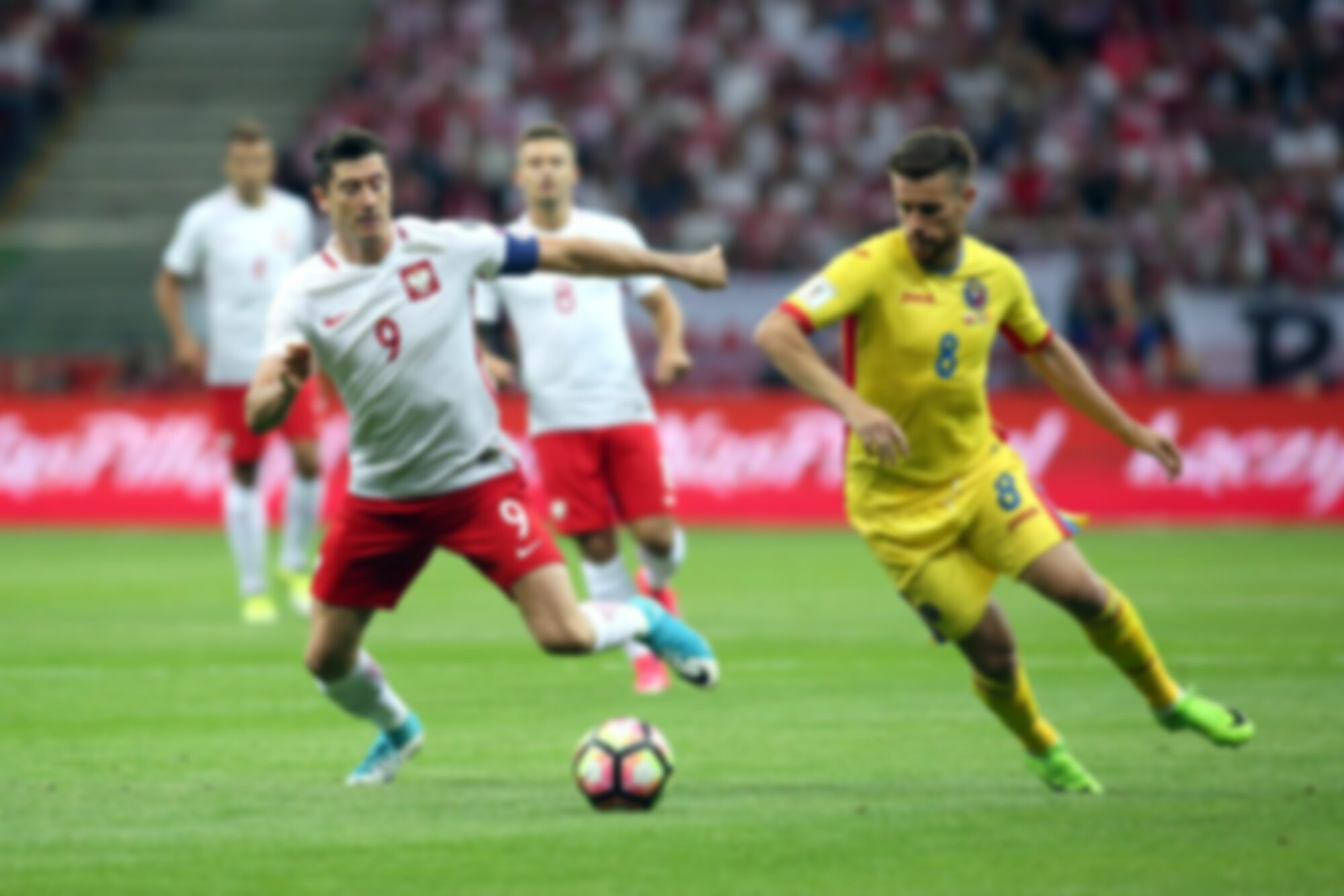 Robert Lewandowski w trakcie meczu z Rumunią
