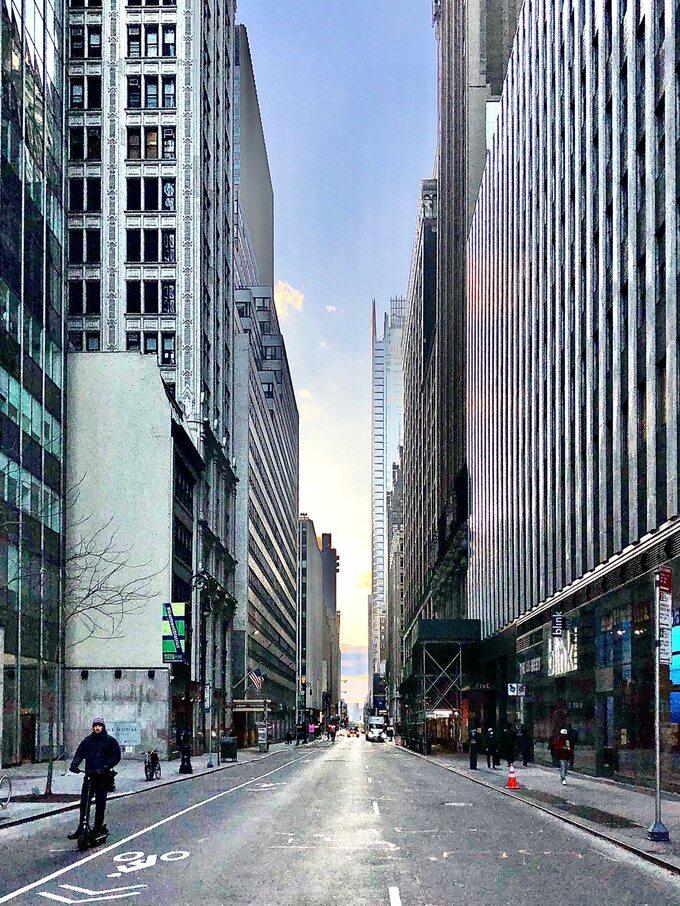 Ulica Czterdziesta Zachodnia, Midtown Manhattan, 2 kwietnia 2020