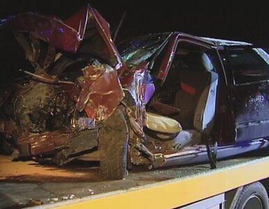 Zderzenie 2 samochodów na obwodnicy Gniezna. 5 osób w szpitalu