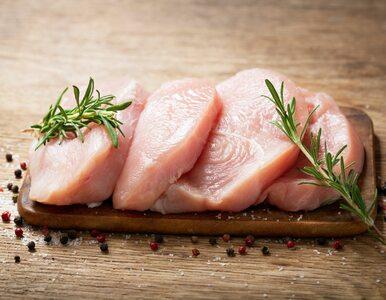 Pasożyt znaleziony w niedogotowanym mięsie związany z ryzykiem glejaka