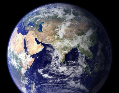 """Naukowcy sfotografowali """"miniksiężyc"""" krążący wokół Ziemi"""