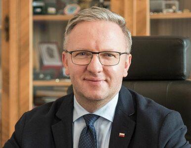 """Trzaskowski chce zlikwidować TVP Info. Szczerski pisze o """"zamykaniu ust..."""