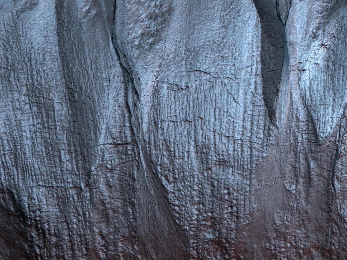 Obraz powierzchni Marsa zarejestrowany przez teleskop HiRISE