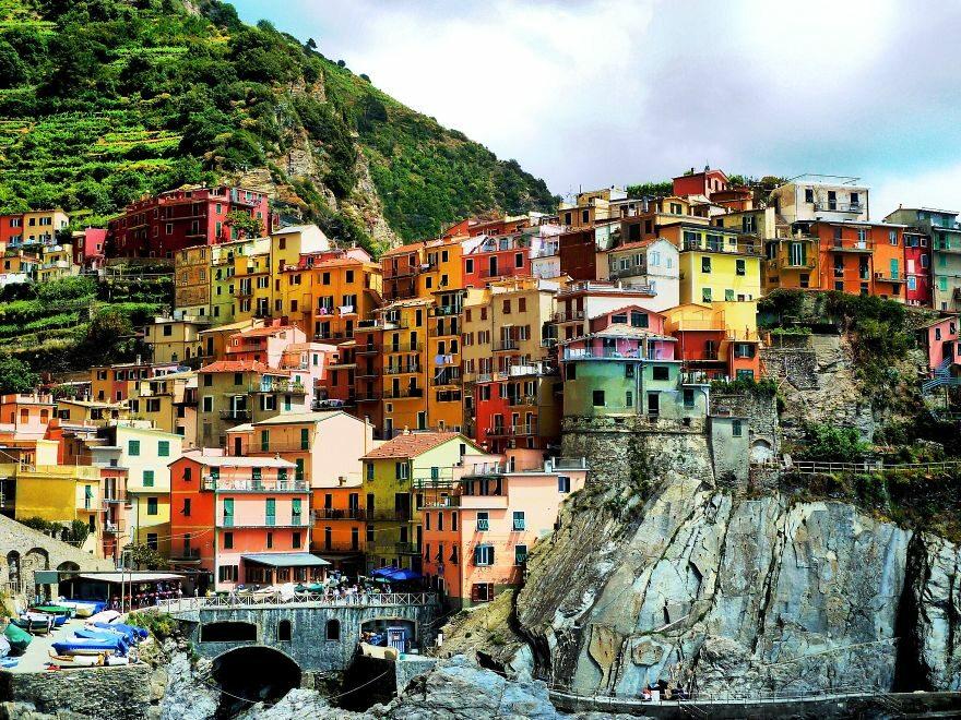Vernazza, Włochy boredpanda.com