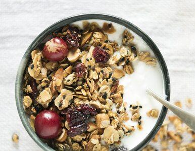 Jogurt grecki – dlaczego warto włączyć go do diety?