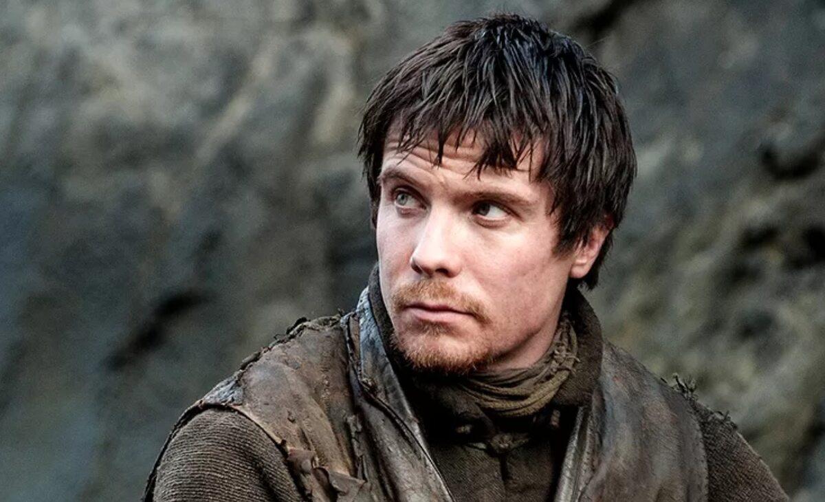 """Gendry po raz pierwszy w """"Grze o tron"""" W postać tę wciela się Joseph Dempsie."""