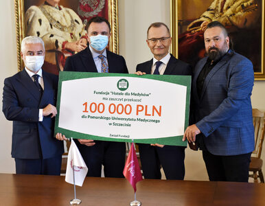 """Fundacja """"Hotele dla Medyków"""" przeznaczyła 100 tys. zł dla PUM"""