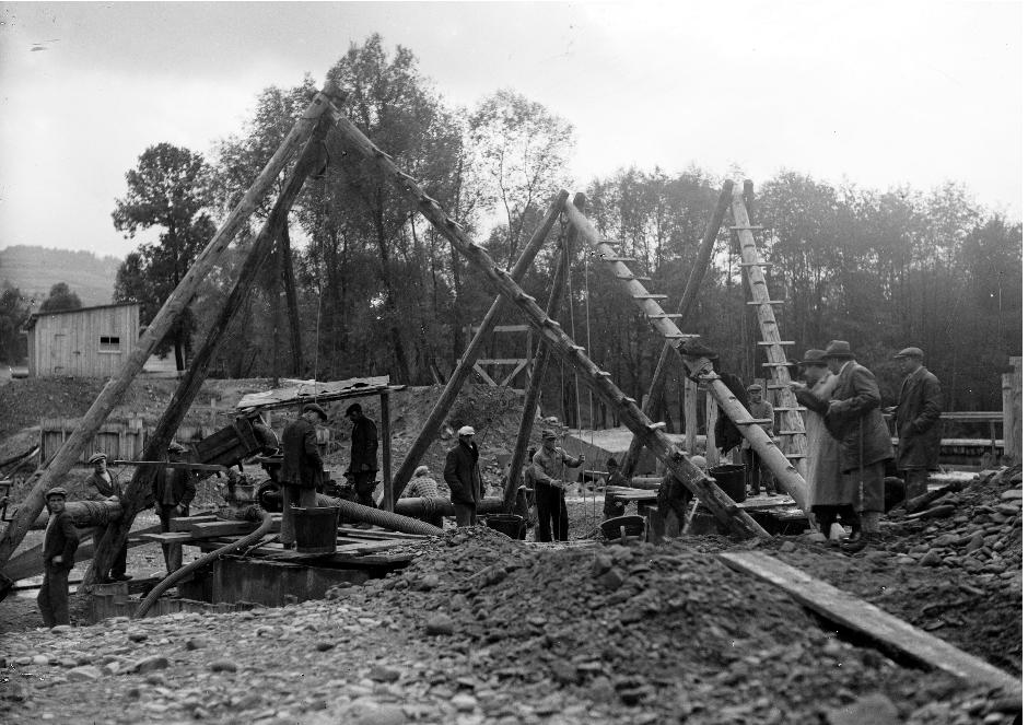 Budowa zakopianki. Źródło: Narodowe Archiwum Cyfrowe