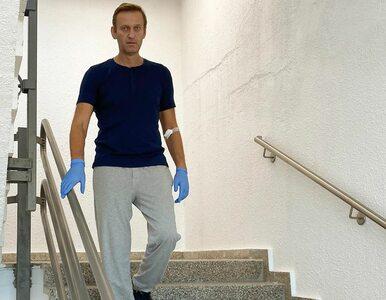 """Aleksiej Nawalny wyszedł ze szpitala. """"Całkowity powrót do zdrowia jest..."""