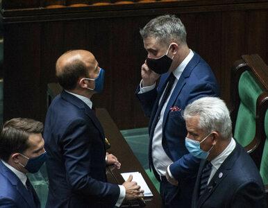 Polacy chcą jedności opozycji. W sondażu wskazali, która koalicja...