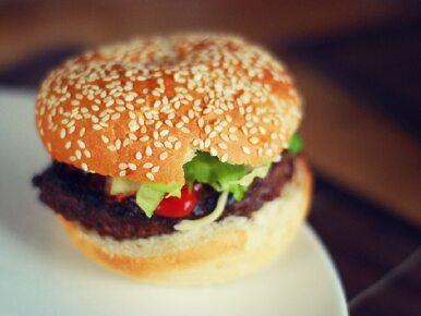 McDonald's odnotowuje straty po sprzedaży zepsutego mięsa