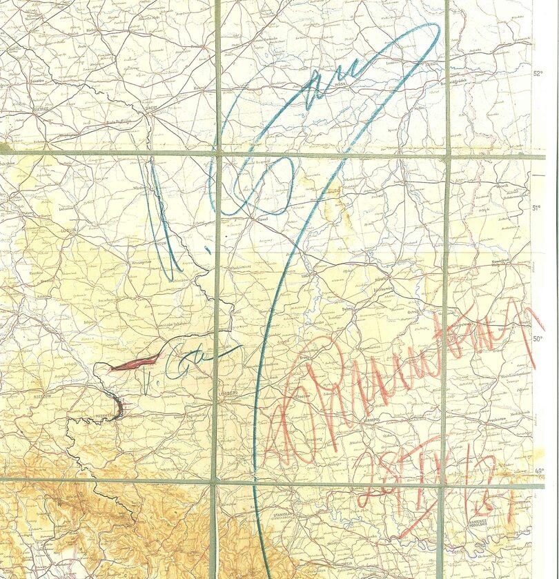 Mapa-załącznik do radziecko-niemieckiego traktatu o granicach i przyjaźni z 28 września 1939 r. z ostatecznym określeniem obszarów Polski zajętych przez ZSRR i Trzecią Rzeszę, niebieski kolor podpis Józefa Stalina, czerwony kolor - podpis Joachima von Rib