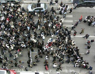 Berkut wycofuje się z Majdanu