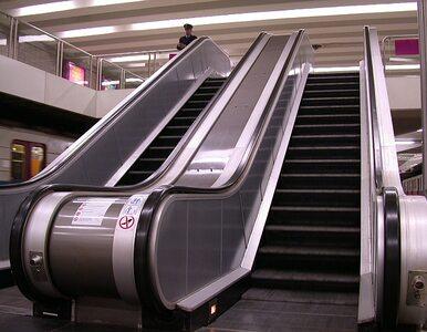Warszawskie metro: schody ruchome są za głośne, więc... nie działają