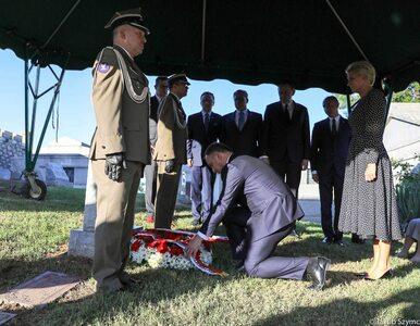 """Prezydencka para na grobie Jana Karskiego. """"Przyjmuję to za gest..."""