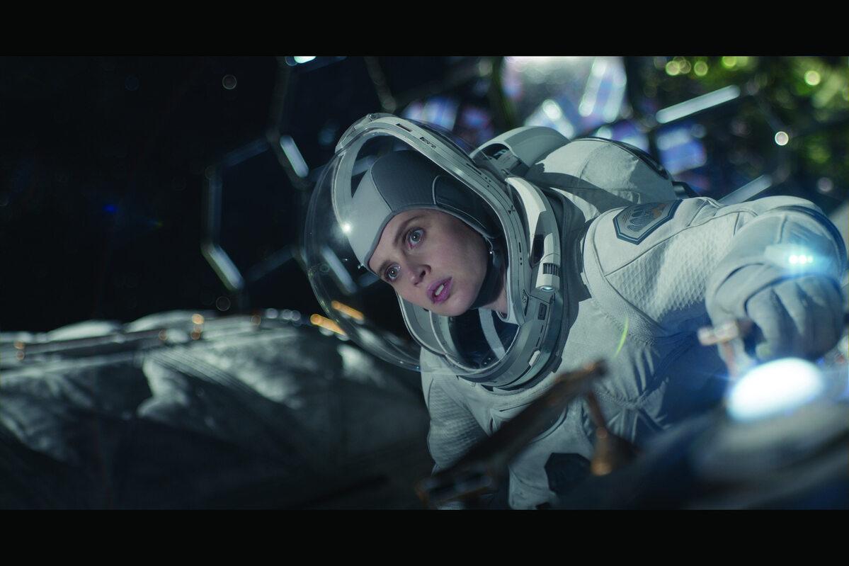 """Kadr z filmu """"Niebo o północy"""""""