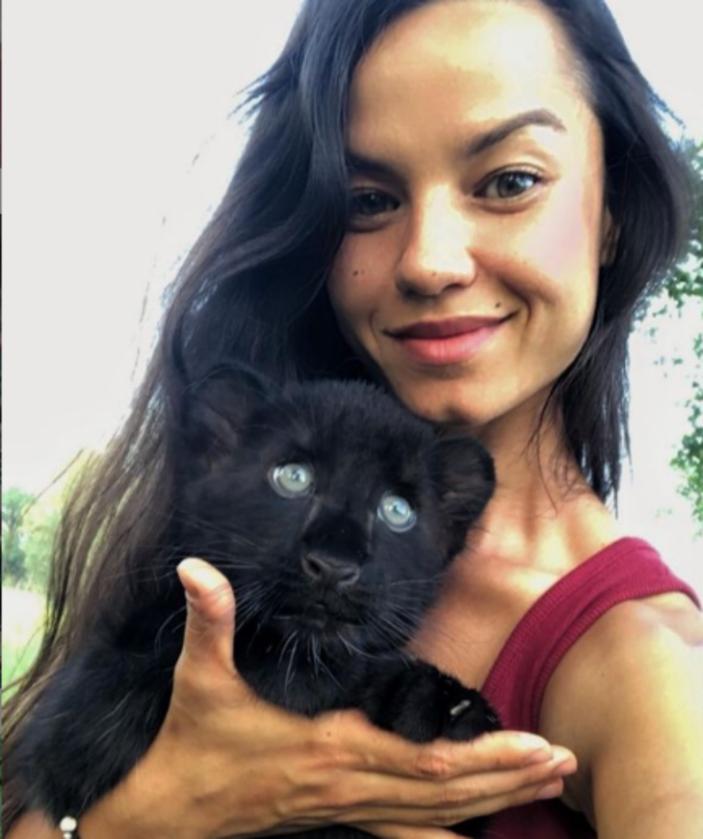 Luna i jej opiekunka
