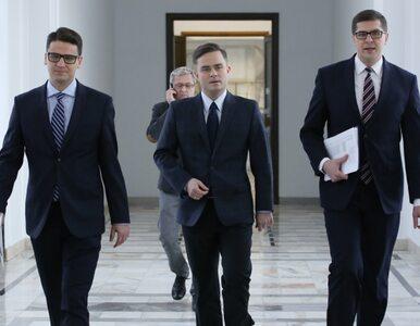 Delegacja do Madrytu. Jeden z posłów rezerwował bilety już 26 września