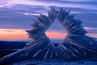Niesamowite rzeźby ze śniegu