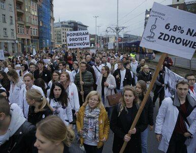 """Lekarze zapowiadają strajk. """"Rządzący znajdują dziesiątki miliardów zł..."""