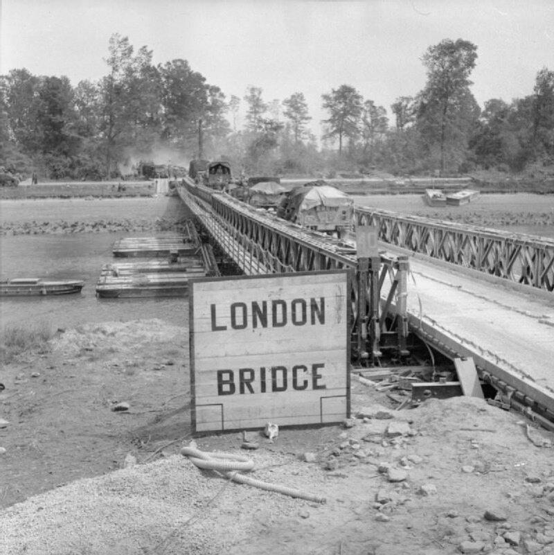 London Bridge (Most Londyński). Takim mianem został ochrzczony prowizoryczny most wykorzystywany w trakcie operacji Goodwood (18 lipca 1944).