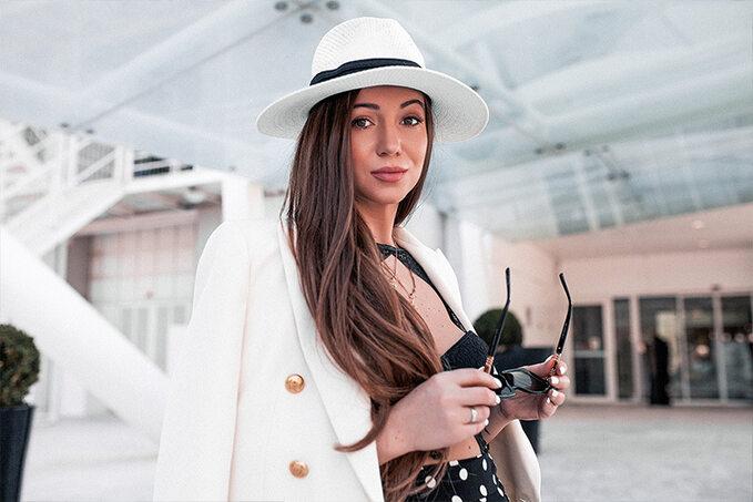 Elvira Gavrilova naMonaco Yacht Show 2019
