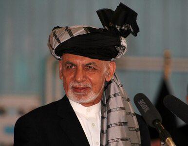 Prezydent Afganistanu wydał oświadczenie po opuszczeniu kraju. Zdjęcia...