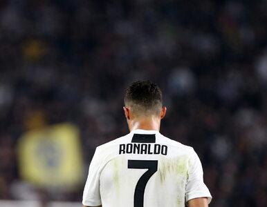 Cristiano Ronaldo z czerwoną szminką na twarzy. W ważnej sprawie