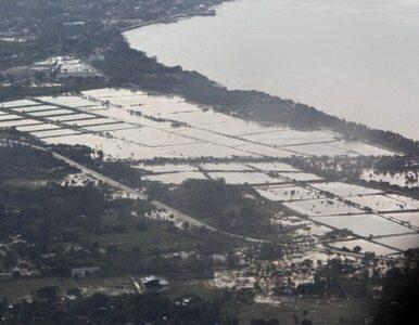 652 ofiary, 100 tysięcy osób bez dachu nad głową - powódź na Filipinach