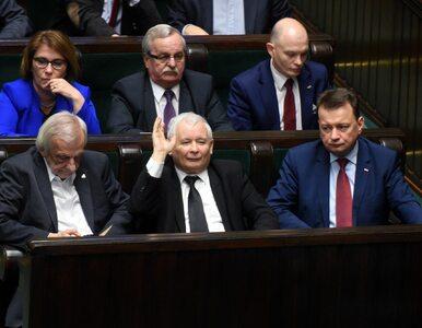 PiS liderem w kolejnym sondażu. Maleje poparcie Platformy Obywatelskiej...
