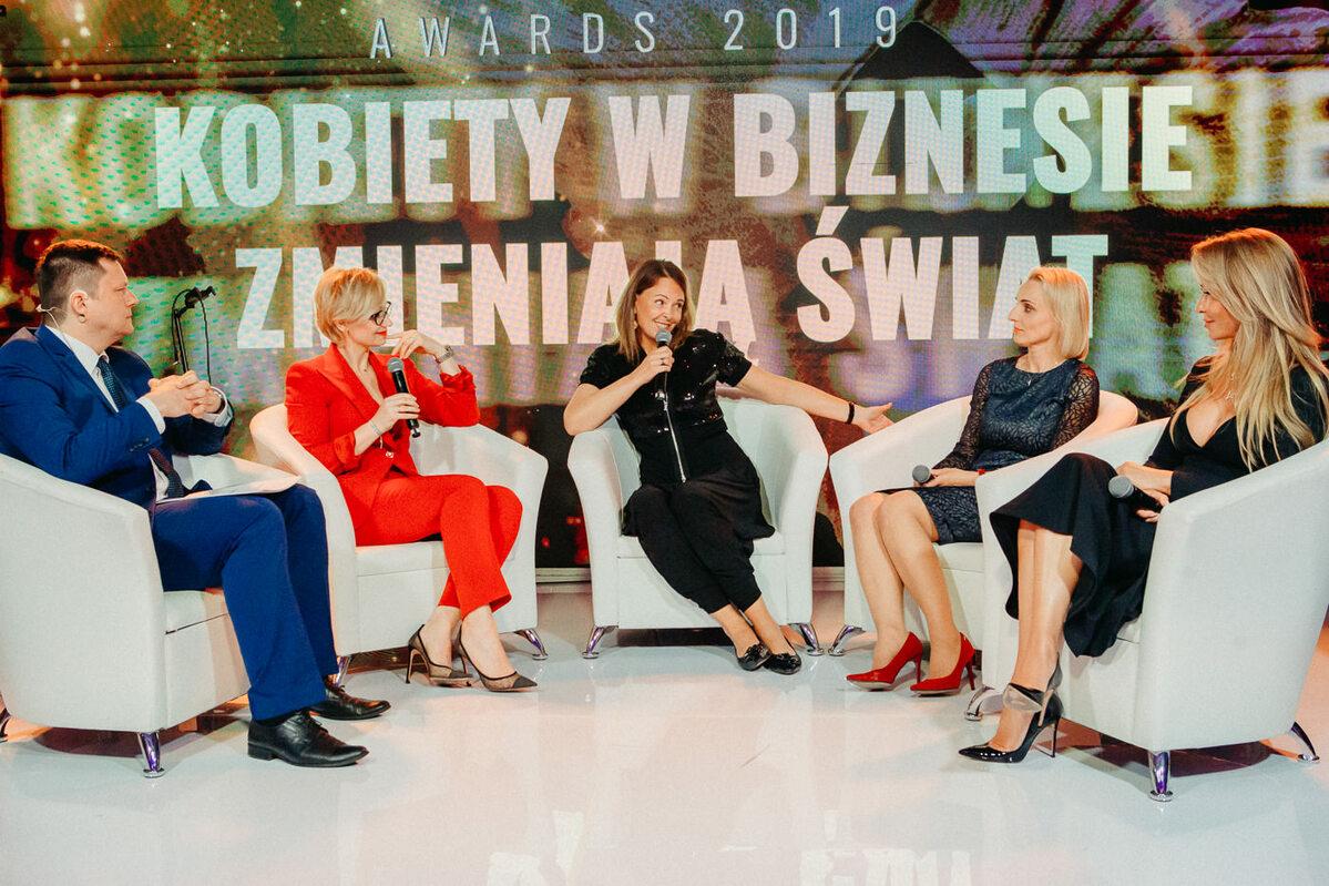 """Debata zatytułowana """"Kobiety w biznesie zmieniają świat"""""""