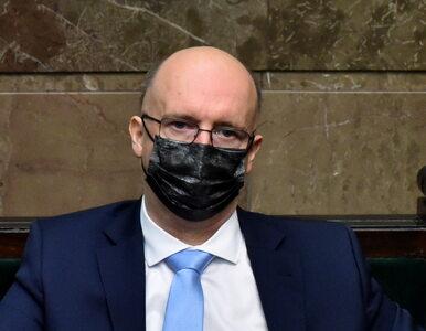 Senator Dunin oskarżył Wawrzyka o korzystanie z pomocy suflerów. Nie...
