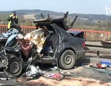 """Śmiertelny wypadek na krajowej """"ósemce"""". Nie żyje kierowca audi"""