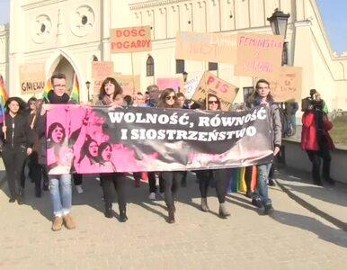Chcą dostępu do aborcji, edukacji seksualnej i równych płac. Protesty w...