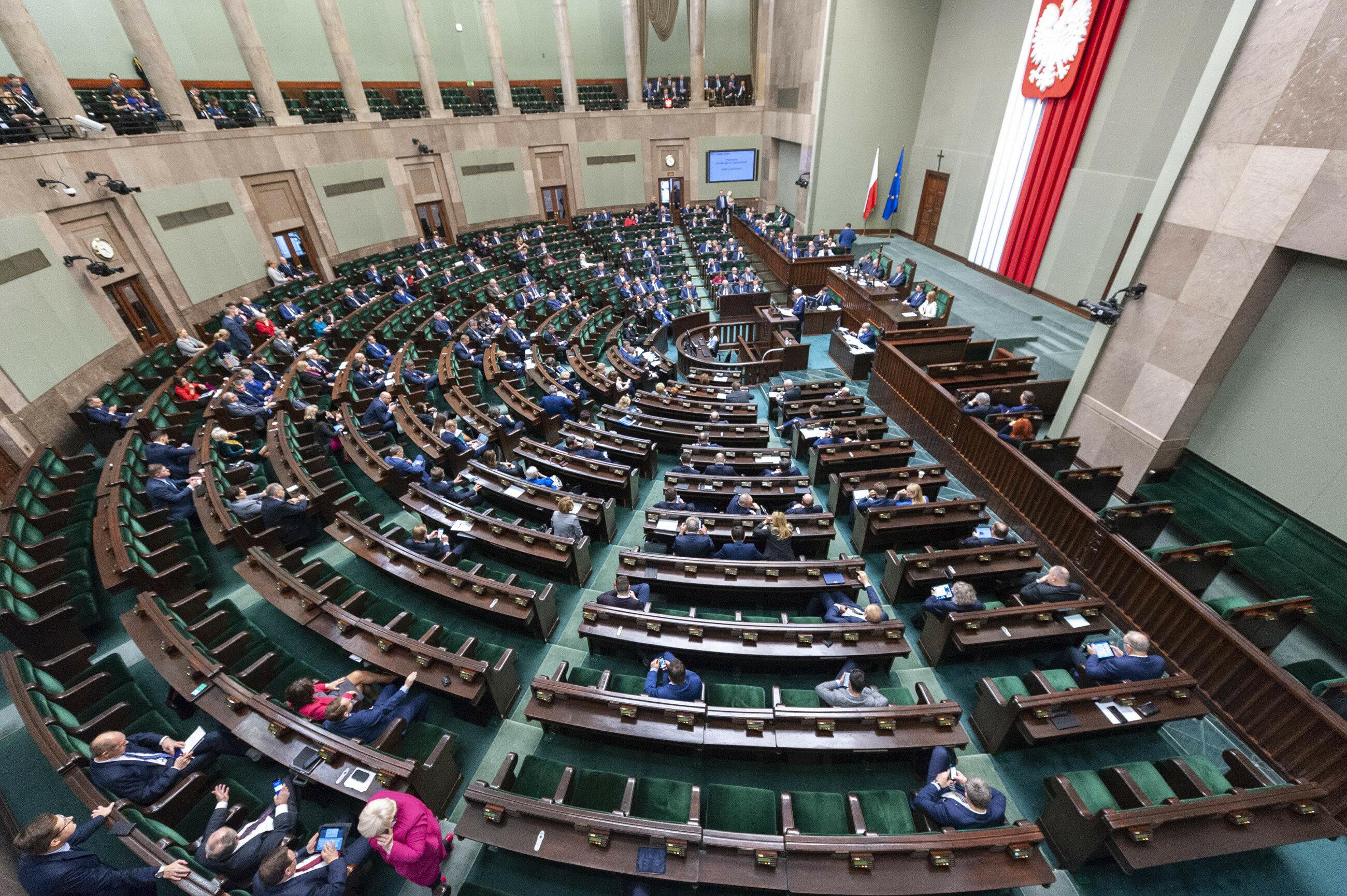 W czwartek 4 kwietnia Sejm odrzucił wniosek o wyrażenie wotum nieufności dla jednego z ministrów. Kto mógł zostać odwołany?