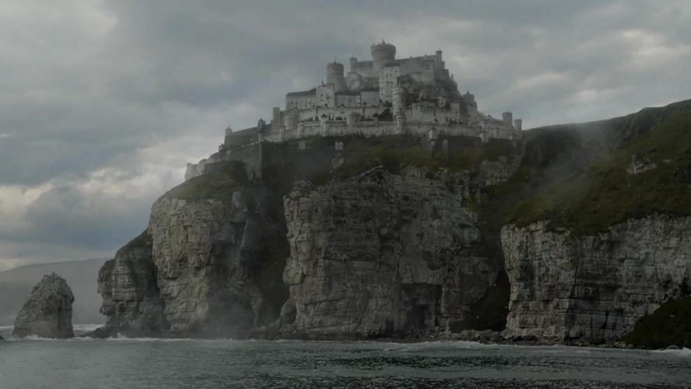 Kto stworzył sekretny tunel pod  Casterly Rock?