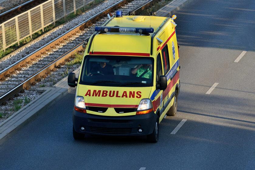 Karetka, ambulans, pogotowie, zdj. ilustracyjne