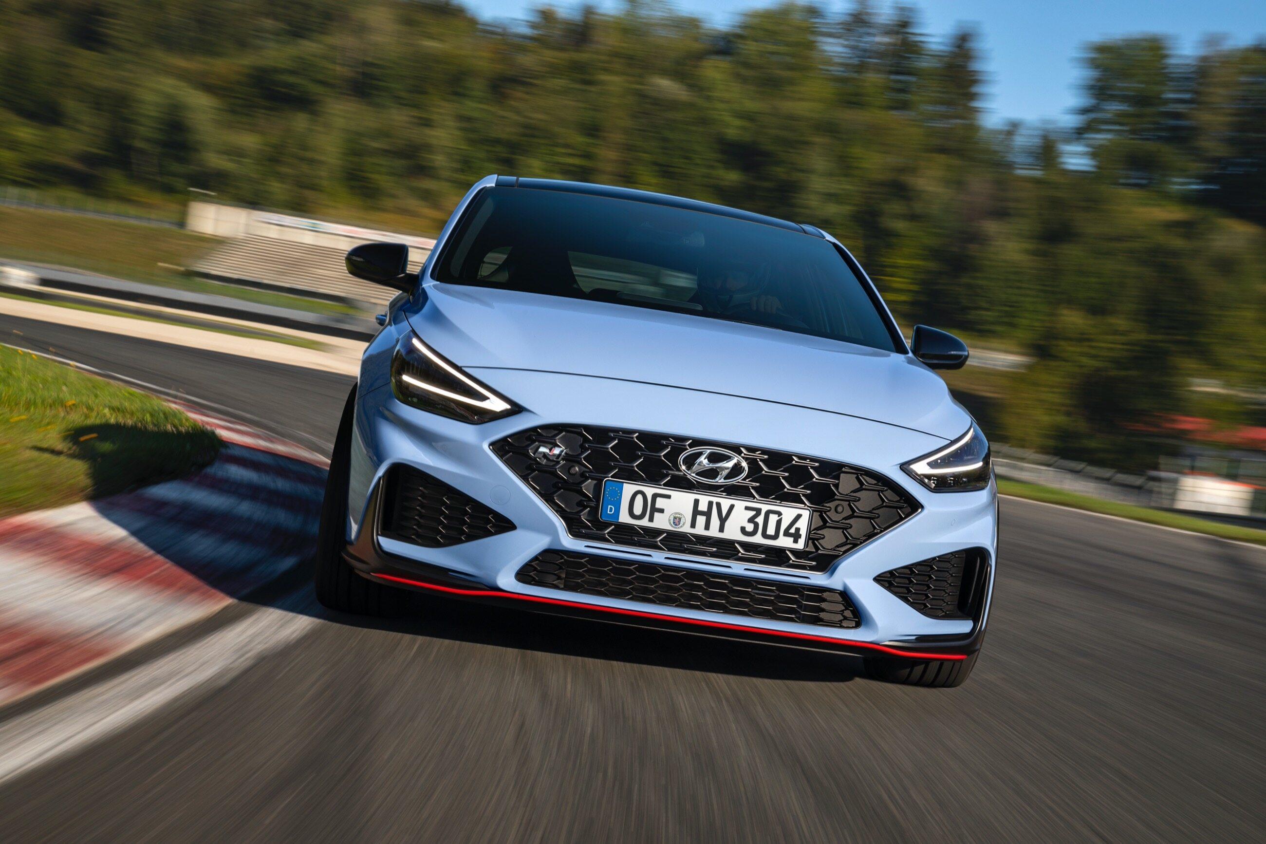 Tego producenta samochodów zna chyba każdy. A jak poprawnie przeczytać nazwę Hyundai?
