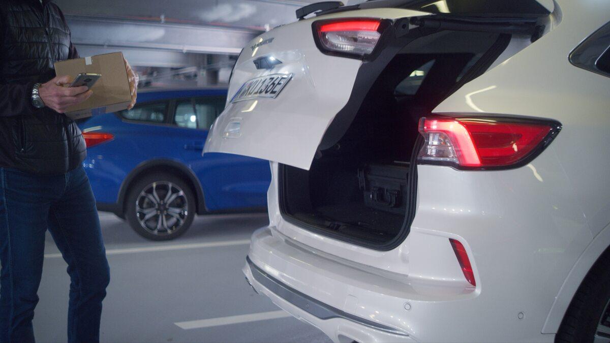 System automatycznego parkowania Forda