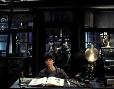 Magiczny podręcznik Harry'ego Pottera zostanie sfilmowany - w trzech...