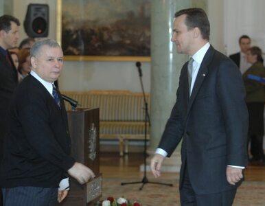 Polacy najbardziej ufają Sikorskiemu, najmniej Kaczyńskiemu
