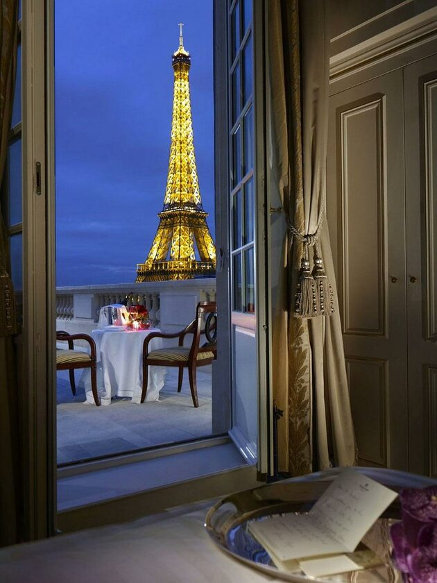 Shangri La, Paryż